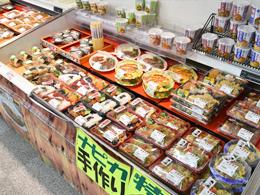 ナピカオリジナルの手作り惣菜売り場